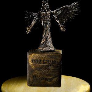 odd-crew-mark-these-words-corax-sculpture